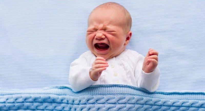 Pleurs de bébé à 2 mois